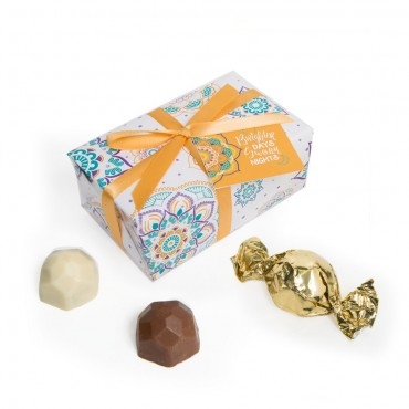 6pc White Gift Wrap Truffle Boxes